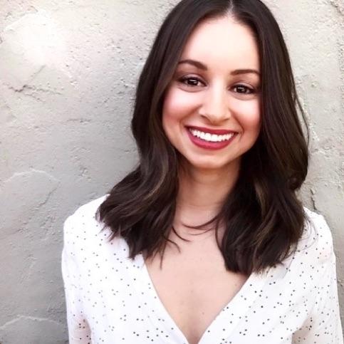 Amanda Carneiro   Los Angeles, CA   Virtual Sessions Available      Holistic Nutrition, Holistic Personal Training