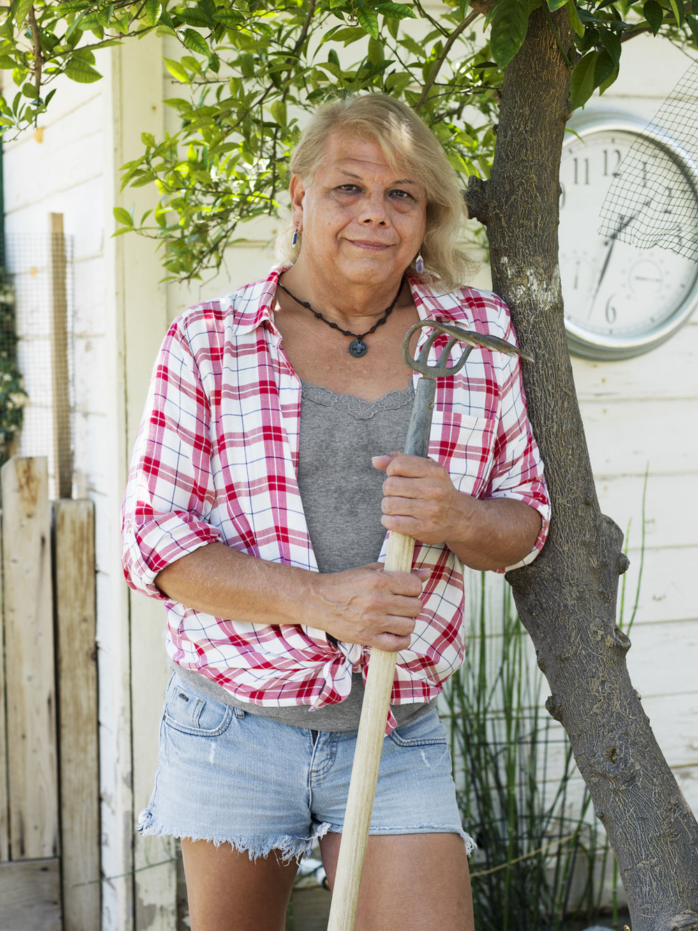 Bobbie, 60, Hanford, CA, 2016