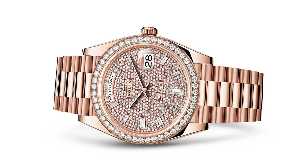 """DAY-DATE 40<br><span class=""""watch-des"""">Oyster, 40 mm, Everose gold and diamonds</span>"""