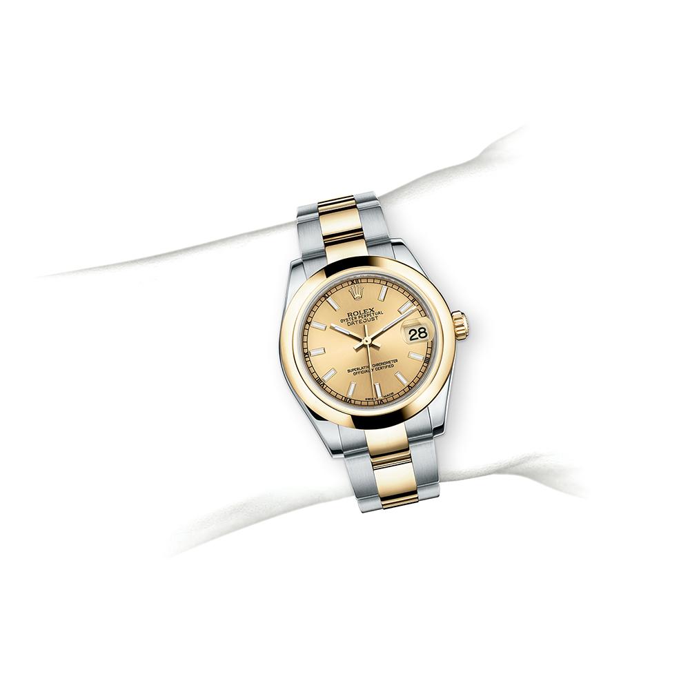 M178243-0008_watch-on-wrist.jpg