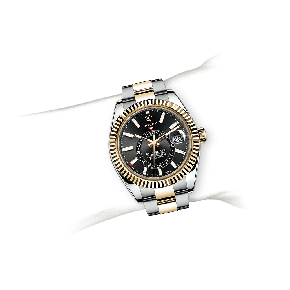 M228238-0006_watch-on-wrist.jpg