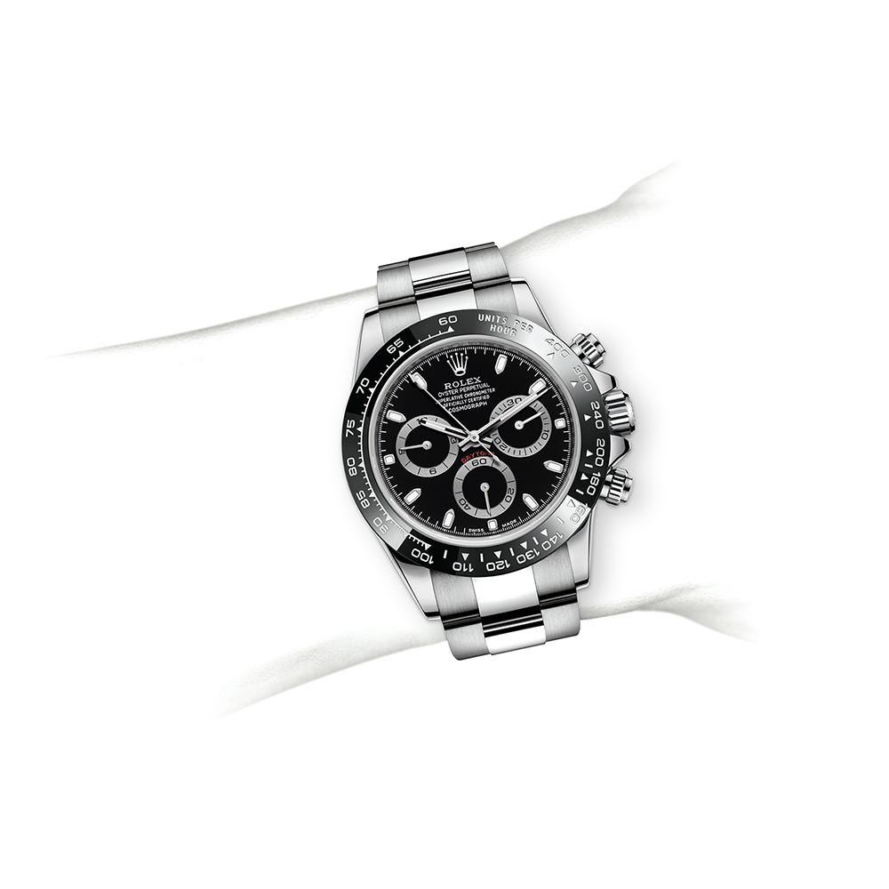 M116500LN-0002_watch-on-wrist.jpg