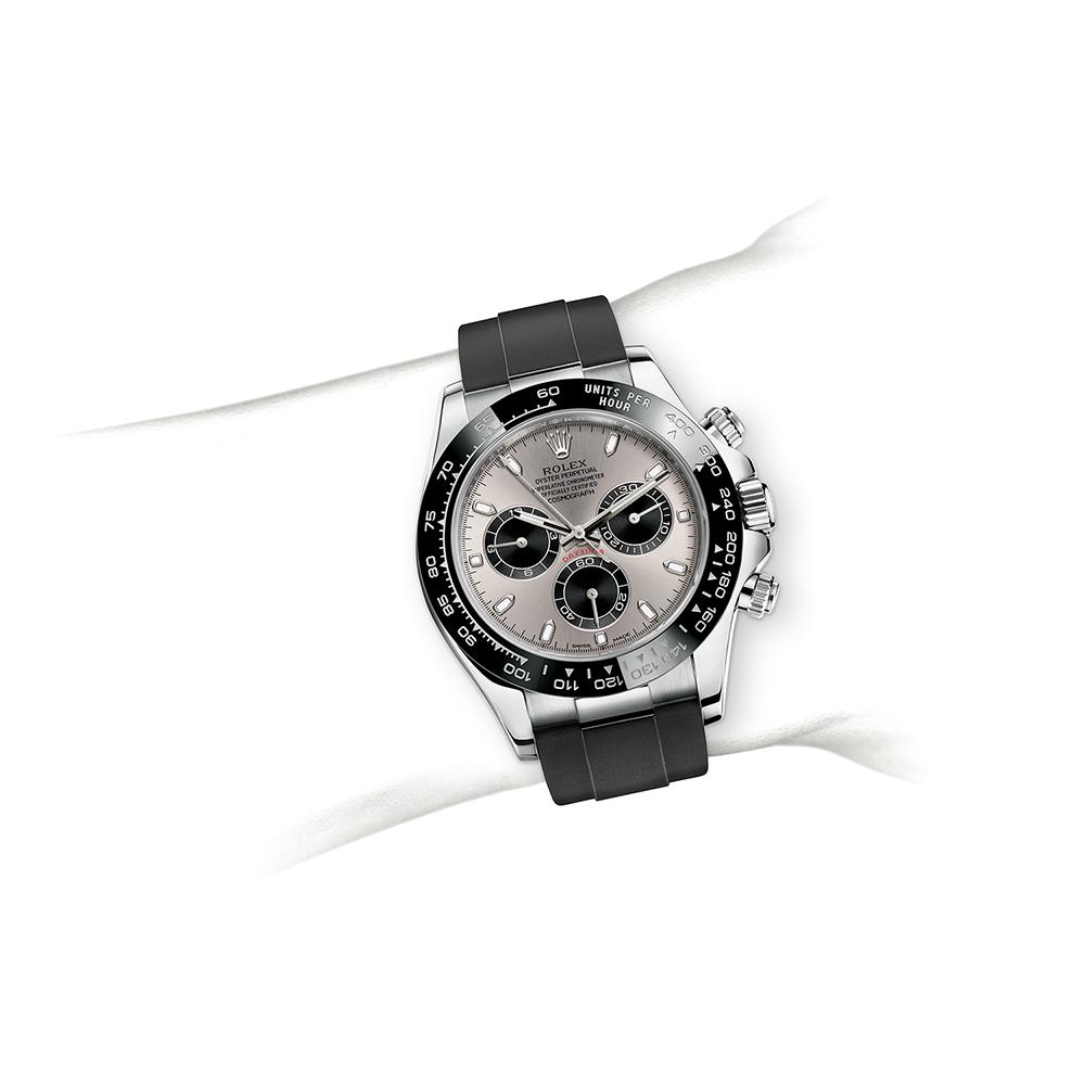 M116519LN-0024_watch-on-wrist.jpg