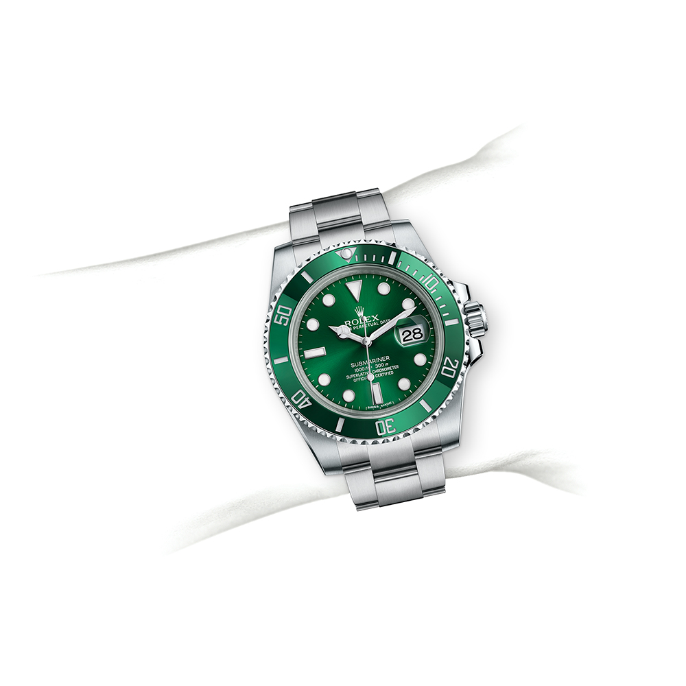 M116610LV-0002_watch-on-wrist.jpg