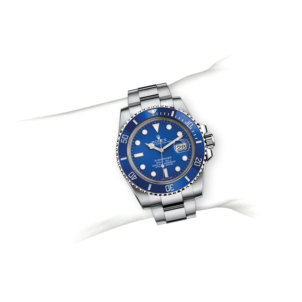 M116619LB-0001_watch-on-wrist.jpg