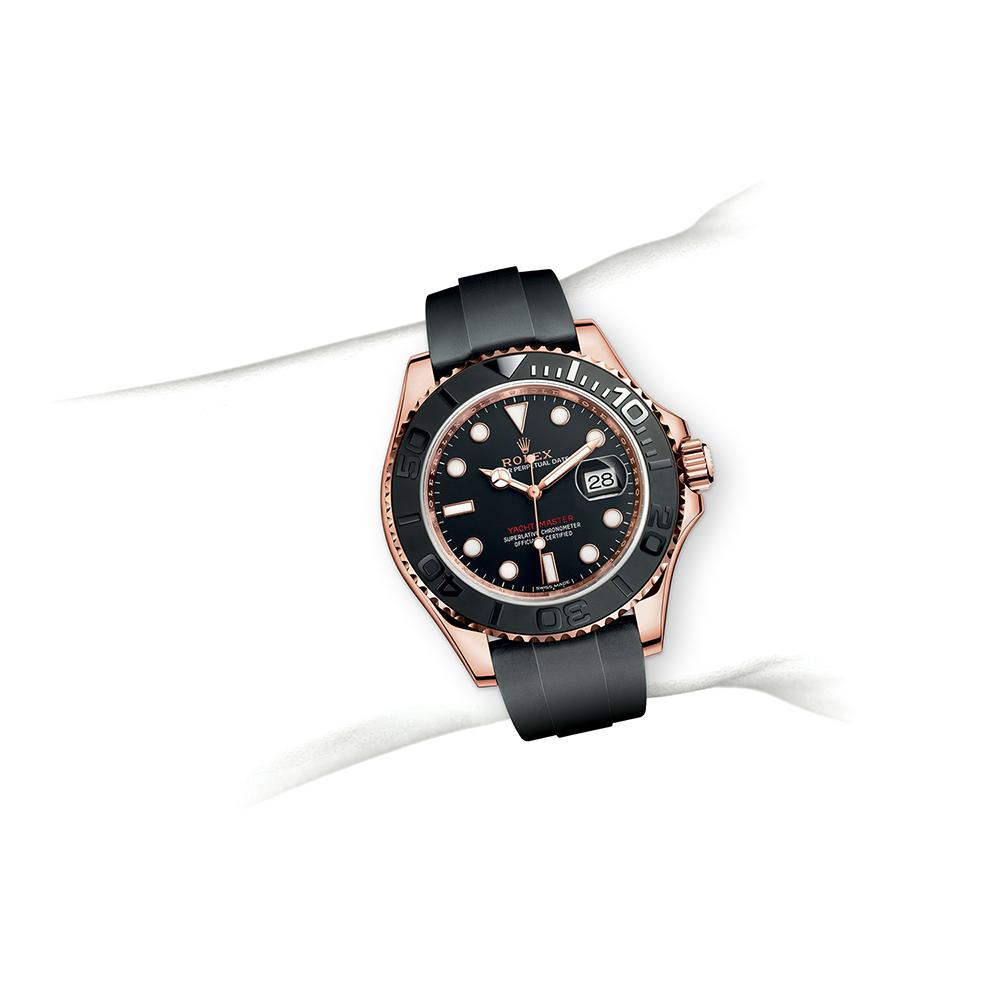 M116655-0001_watch-on-wrist.jpg