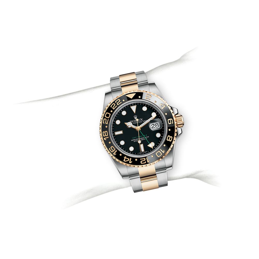 M116713LN-0001_watch-on-wrist.jpg