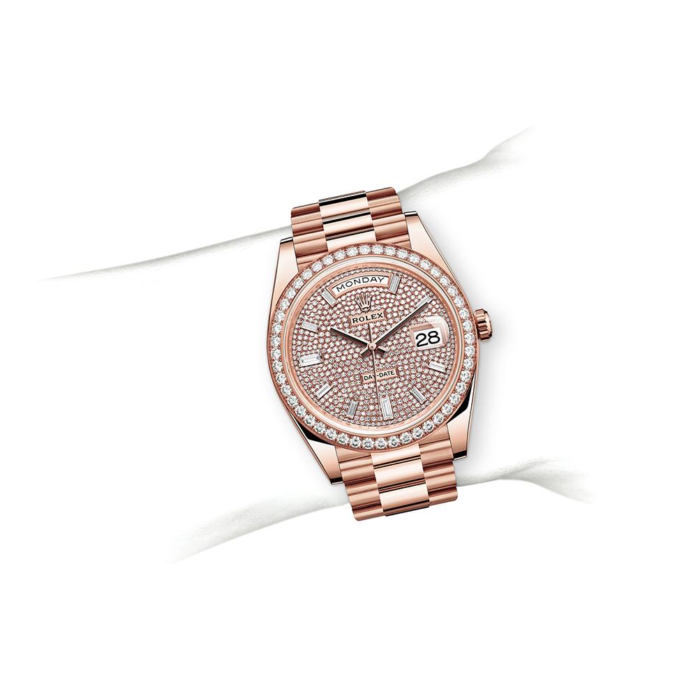 M228345RBR-0002_watch-on-wrist.jpg