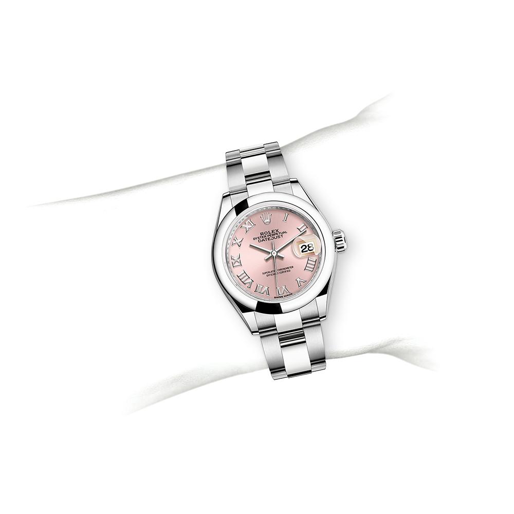 M279160-0014_watch-on-wrist.jpg
