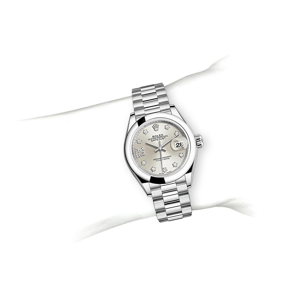 M279166-0001_watch-on-wrist.jpg