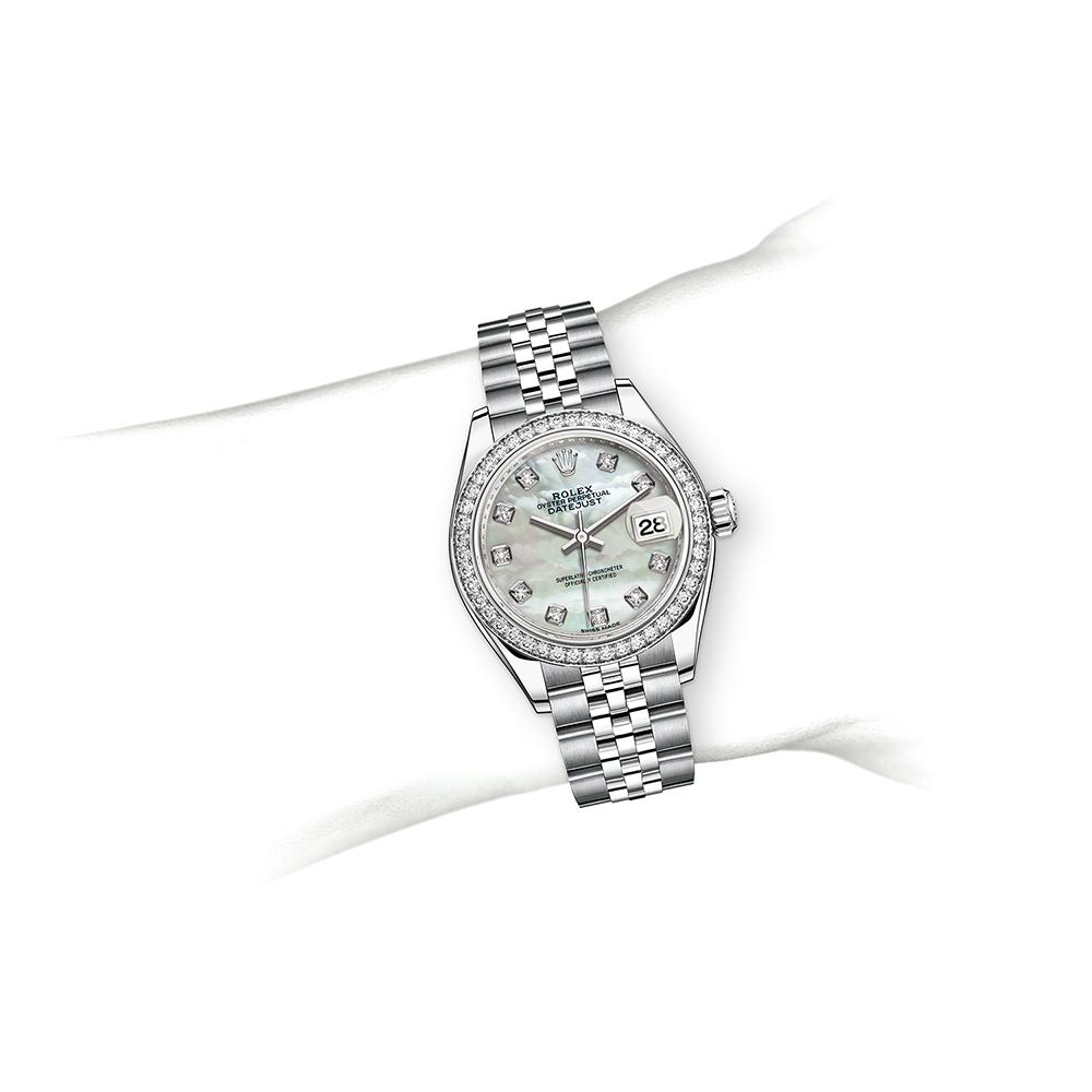M279384RBR-0011_watch-on-wrist (2).jpg