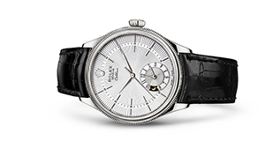 """CELLINI DUAL TIME<br><span class=""""watch-des"""">39 mm, 18 kt white gold, polished finish</span>"""