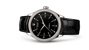 """CELLINI TIME<br><span class=""""watch-des"""">39 mm, 18 kt white gold, polished finish</span>"""