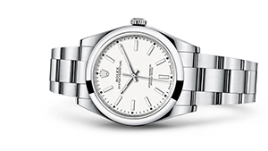 """OYSTER PERPETUAL 39<br><span class=""""watch-des"""">Oyster, 39 mm, Oystersteel</span>"""