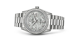 "DAY-DATE 36<br><span class=""watch-des"">Oyster, 36 mm, white gold and diamonds</span>"