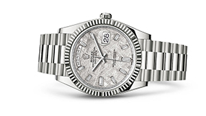 """DAY-DATE 40<br><span class=""""watch-des"""">Oyster, 40 mm, white gold</span>"""