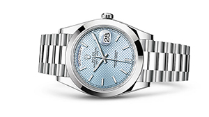 """DAY-DATE 40<br><span class=""""watch-des"""">Oyster, 40 mm, platinum</span>"""