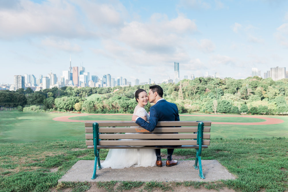 BLUUMBLVD Toronto Wedding - Toronto Riverdale Park -3.jpg