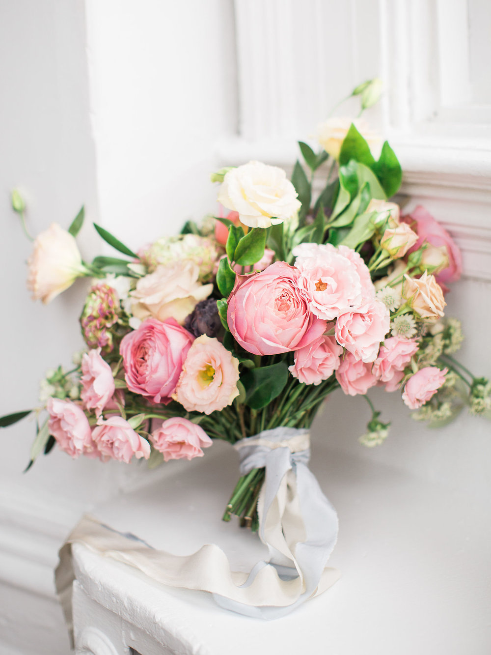 BLUUMBLVD - toronto wedding florist- pink bouquet the Great Hall Toronto.jpg
