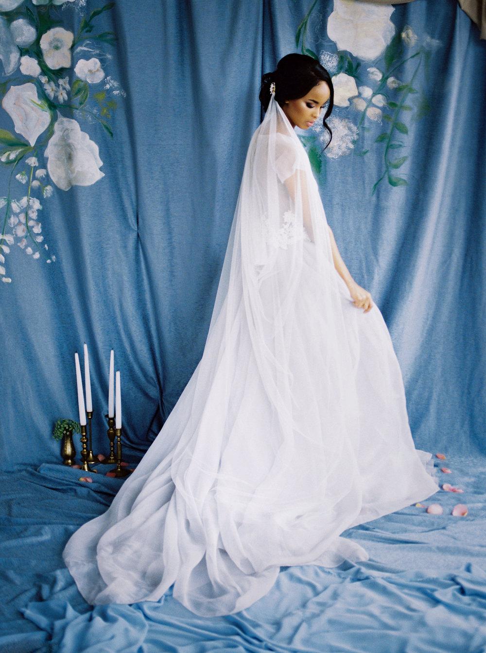 BLUUMBLVD - Fine Art Wedding Florist - Toronto Wedding Florist.jpg