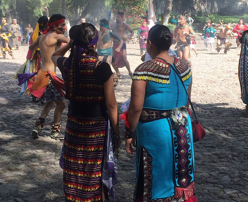 MEXICO NEWS DAILY - Ancient history, living culture: a visit to the pyramid of Santa Cecilia Acatitlán     Photo credit: Susannah Rigg
