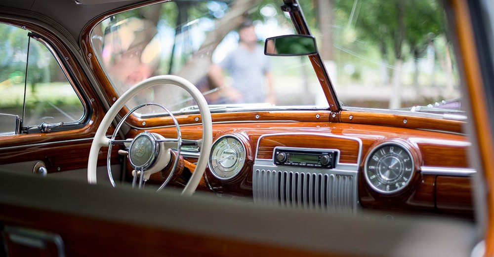 How to Maintain the Interior of Your Vintage Car — Vinty | Classic ...