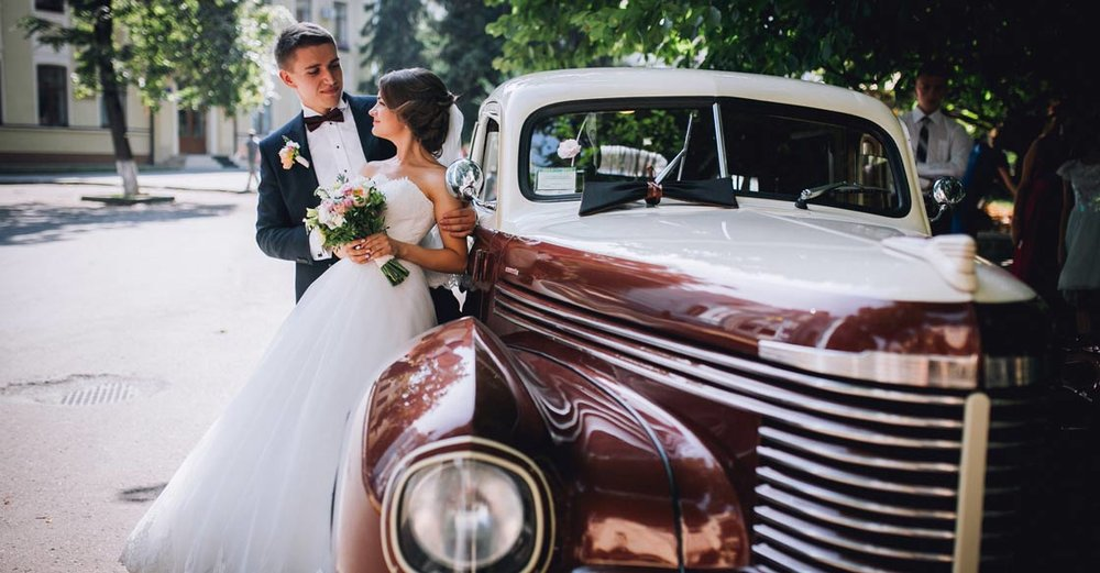 Dream Big: 5 Classic Car Wedding Chauffeur Ideas — Vinty | Classic ...