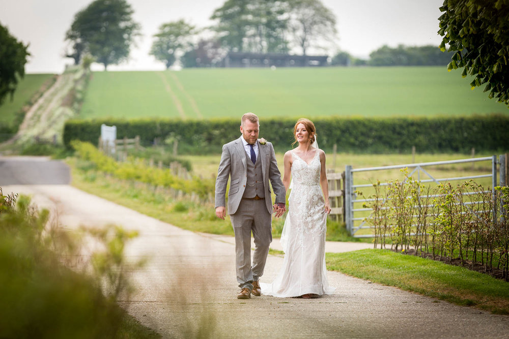 Farbridge barn Wedding-3.jpg
