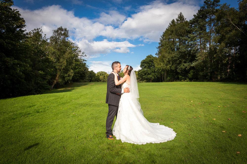 Romsey-golf-club-wedding-13.jpg
