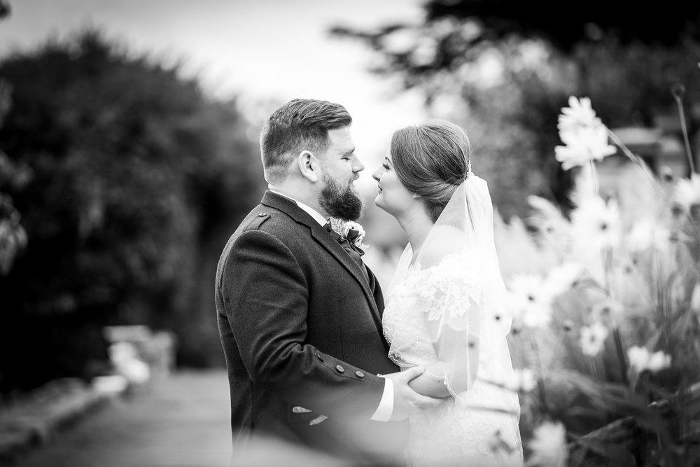 Chilworth Manor wedding-28.jpg