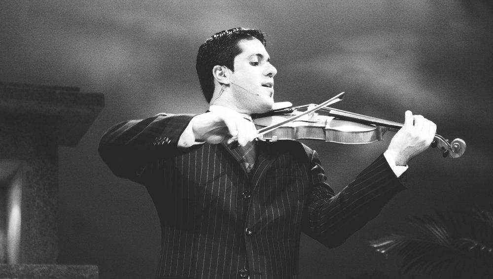 Jaime Jorge- Violinist