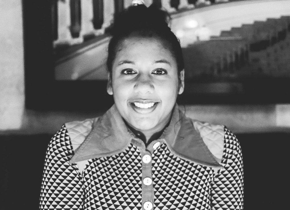 Roxanne Horrell - Singer, Songwriter