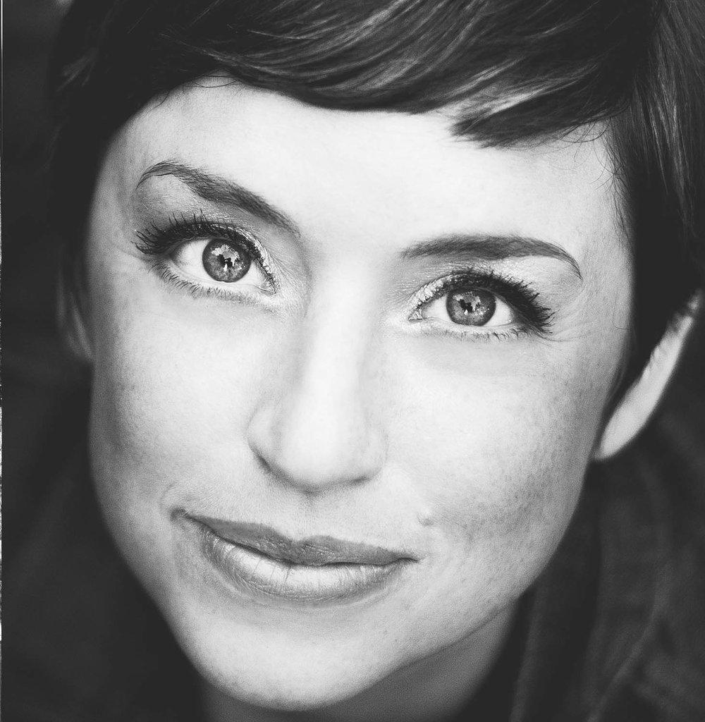 Laura Whidden - Singer, Songwriter, Pianist
