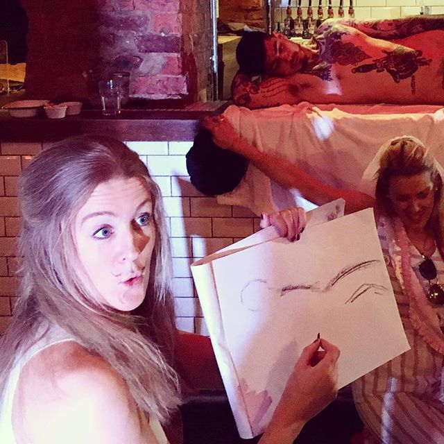 Buff tings today with this fun group from Dublin 🇨🇮 #bachelorette #buffdrawing #artist #lifedrawing #hendo #hendoideas #henparty #drawing #artparty #londonevents #malemodel