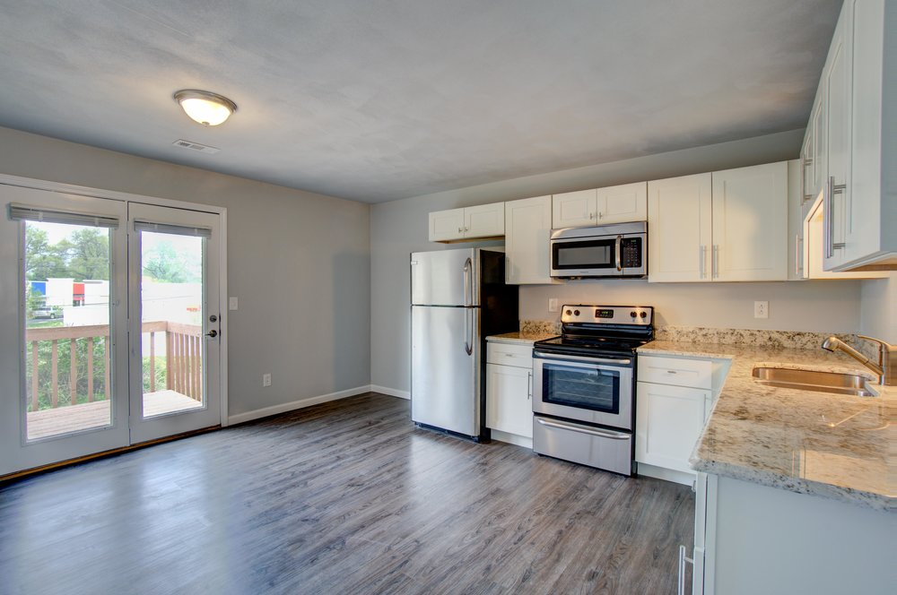 The Hyde - 2 Bed | 2 Bath | 1200 SFRent: $910.00