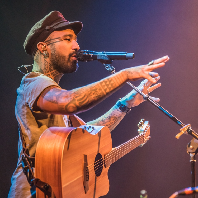 Nahko and medicine for the people - Mr. Smalls 2017