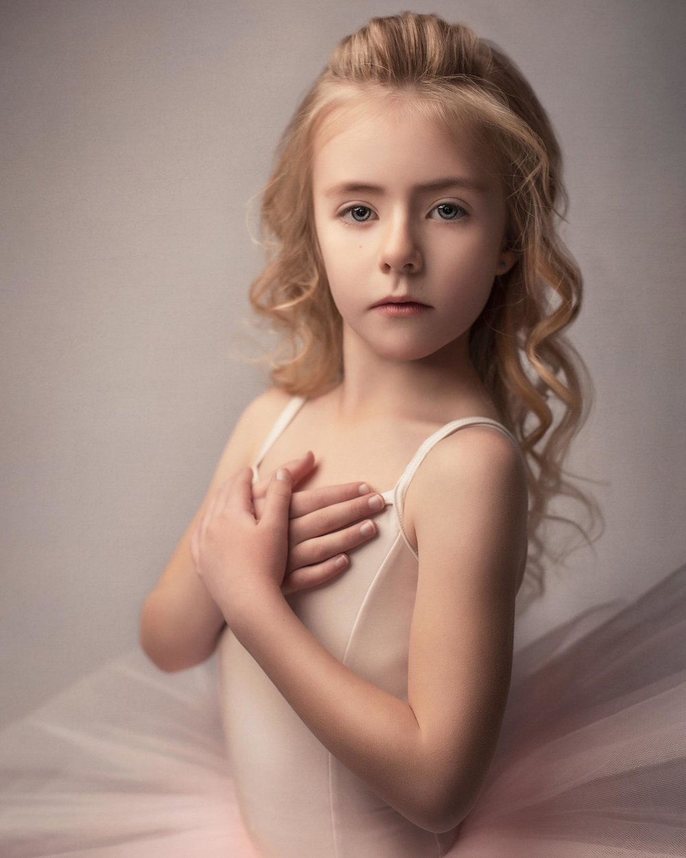 barbara_macferrin_photography_boulder_colorado_80303_fine_art_children_ballerina_girl_pink.jpg