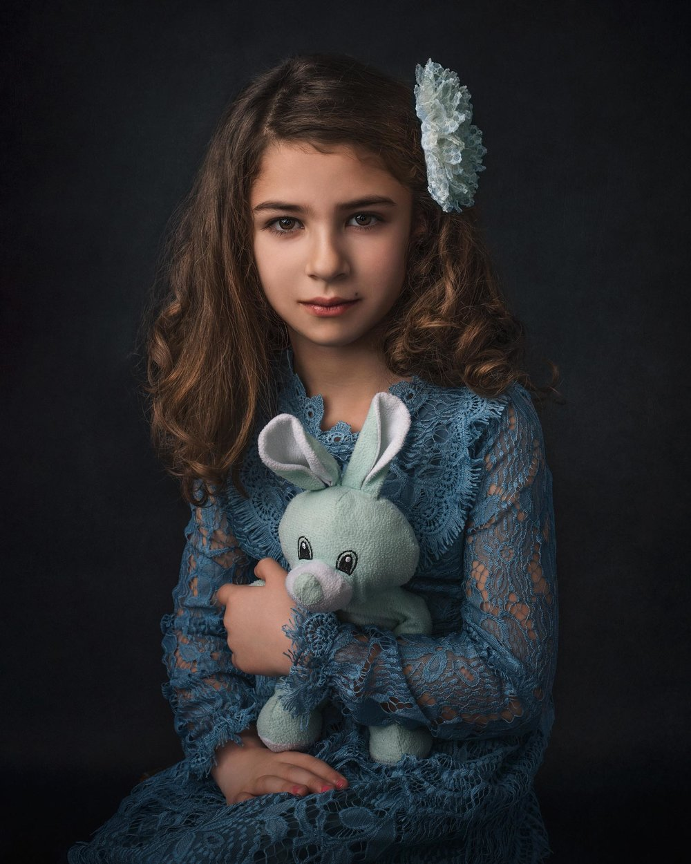 barbara_macferrin_photography_boulder_colorado_80303_fine_art_children_blue_dress_girl_bunny_stuffed_animal.jpg