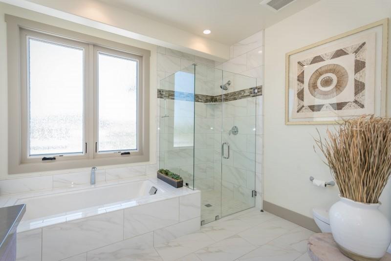 Vineyard Cottage-print-019-11-Bedroom One Suite-3000x2003-300dpi.jpg