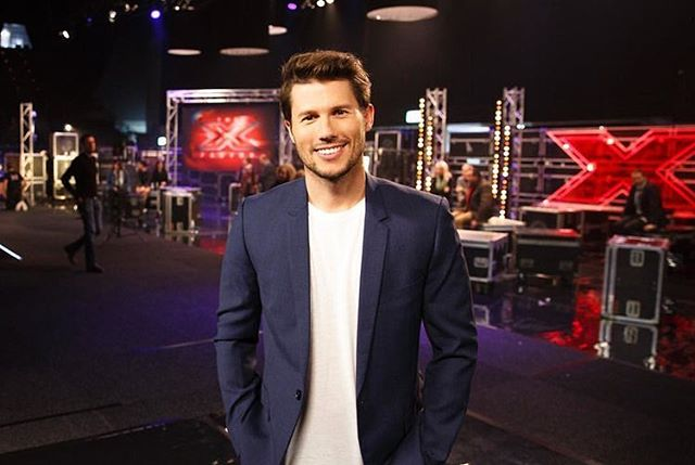We recently caught up with @Jason dundas to get some of his success and wellbeing hacks that have allowed him to crush it in the media and business worlds. Jason has hosted over 10,000 hours of primetime television across America and Australia, including shows like Getaway and the X Factor and now runs @dundasmedia out of LA! Link in bio ✨ #openended #jasondundas #media #entrepreneur #adventurers #wellbeing