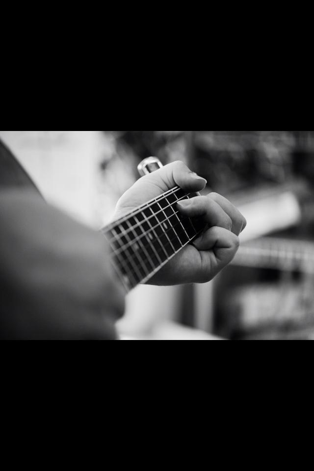 BW Guitar.jpg