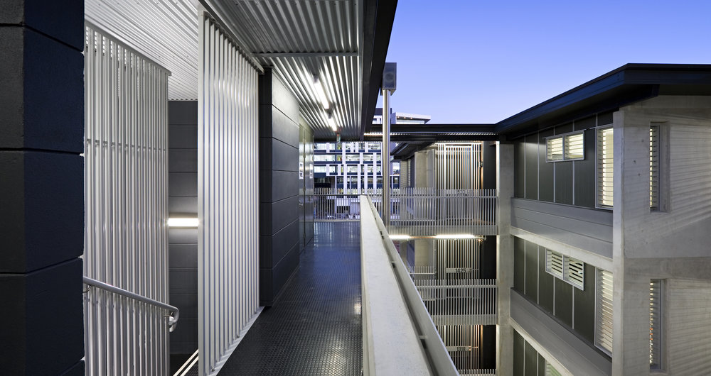 JMA sought to relate Eden to the hierarchy of grain evident at a macro and micro scale evident throughout West End, and also to the wider subtropical context. The scale of Eden steps down from Commercial to residential – to the point where ground floor units have courtyard gardens addressing the public realm in a traditional townhouse fashion.