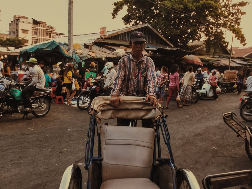 Damien Nikora_iPod_Cambodia Markets_06.JPG