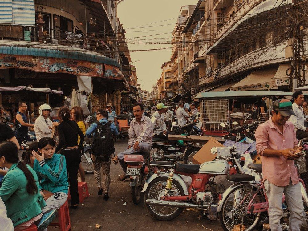 Damien Nikora_iPod_Cambodia Markets_07.JPG