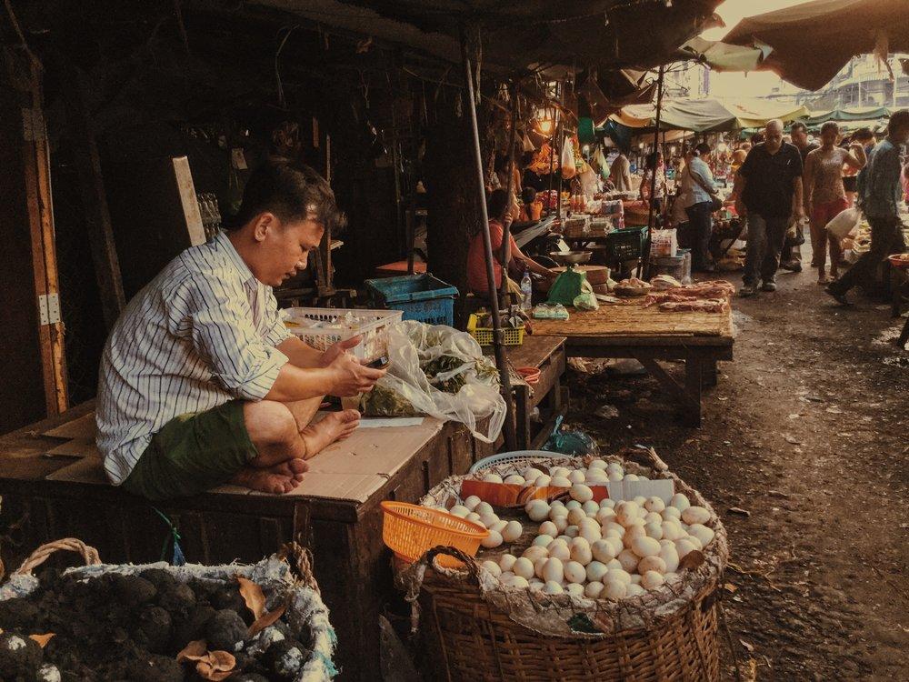 Damien Nikora_iPod_Cambodia Markets_11.JPG