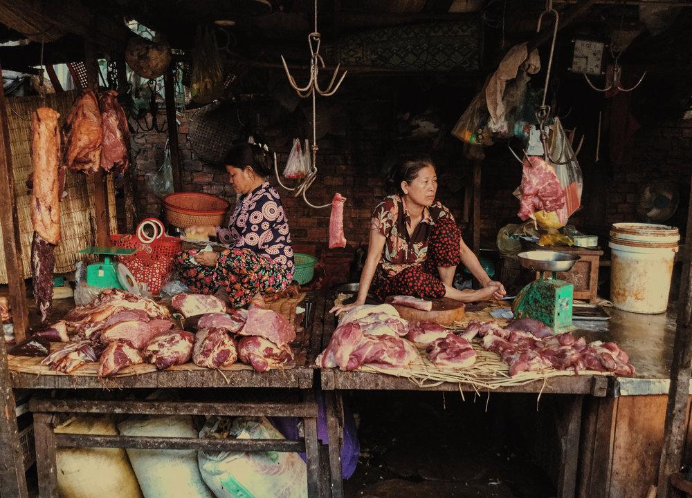 Damien Nikora_iPod_Cambodia Markets_12.jpg