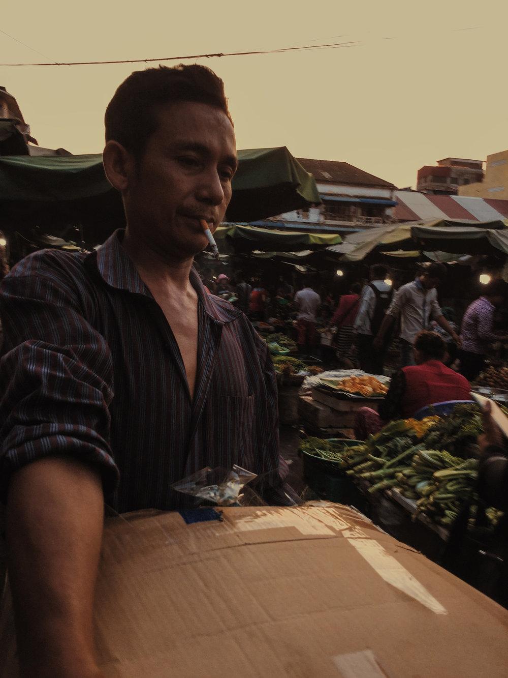 Damien Nikora_iPod_Cambodia Markets_16.JPG