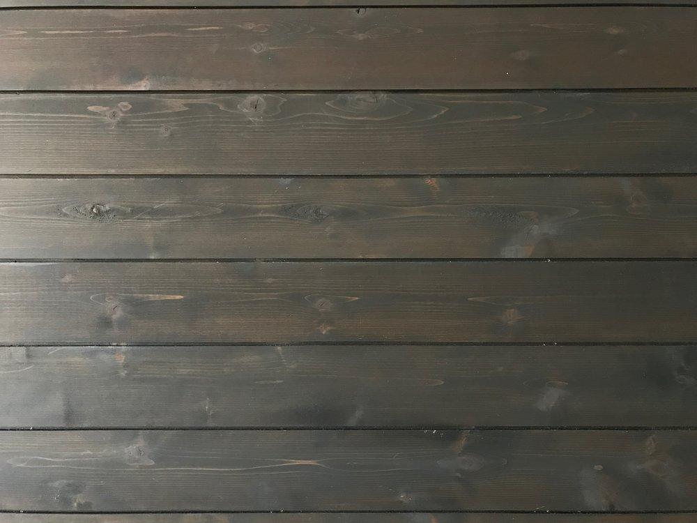 wood siding.JPG