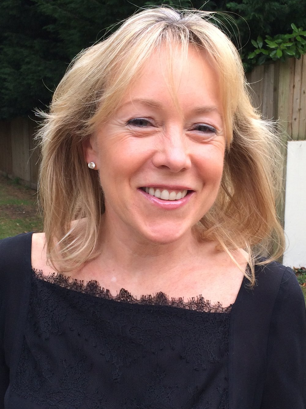 Julie Crawford    Trustee / Fundraiser   Married with three daughters, Julie studied Art History and Art in Dublin and Christies London.   Julie has done extensive work with  Cheshire Homes  and Destiny of a Child over the years.