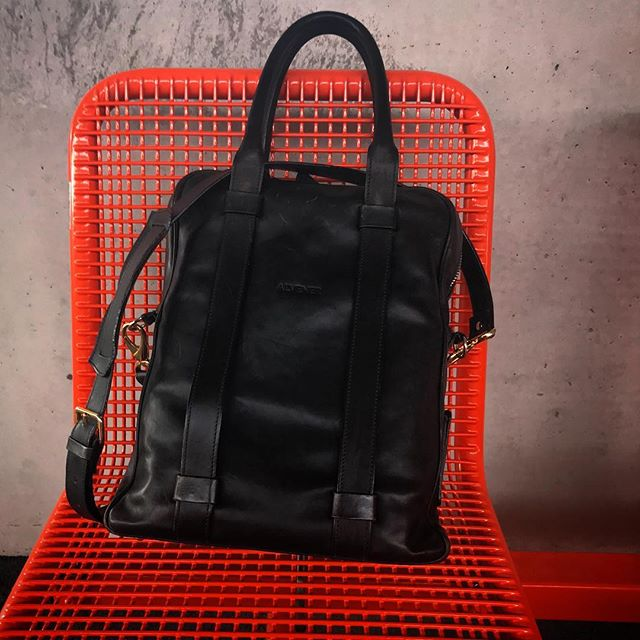 Work anywhere when you have a bag that works everywhere...